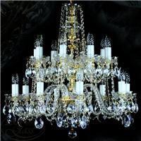 Vì sao mua đèn chùm pha lê cổ điển tại Quà tặng Pha lê?