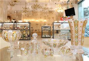 3 lọ hoa pha lê mạ vàng được IFIND tài trợ giảm 40%