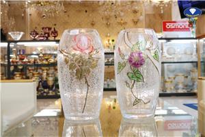 Giá bán lọ hoa pha lê tốt nhất ở đâu?