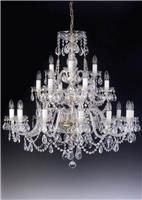 Gợi ý các mẫu đèn pha lê trang trí cao cấp cho phòng khách tông màu trắng
