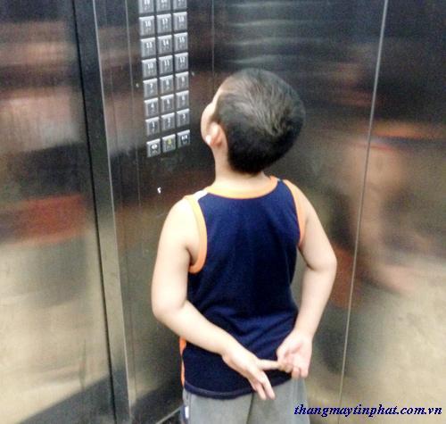 Hướng dẫn sử dụng thang máy gia đình khi trong nhà có trẻ nhỏ