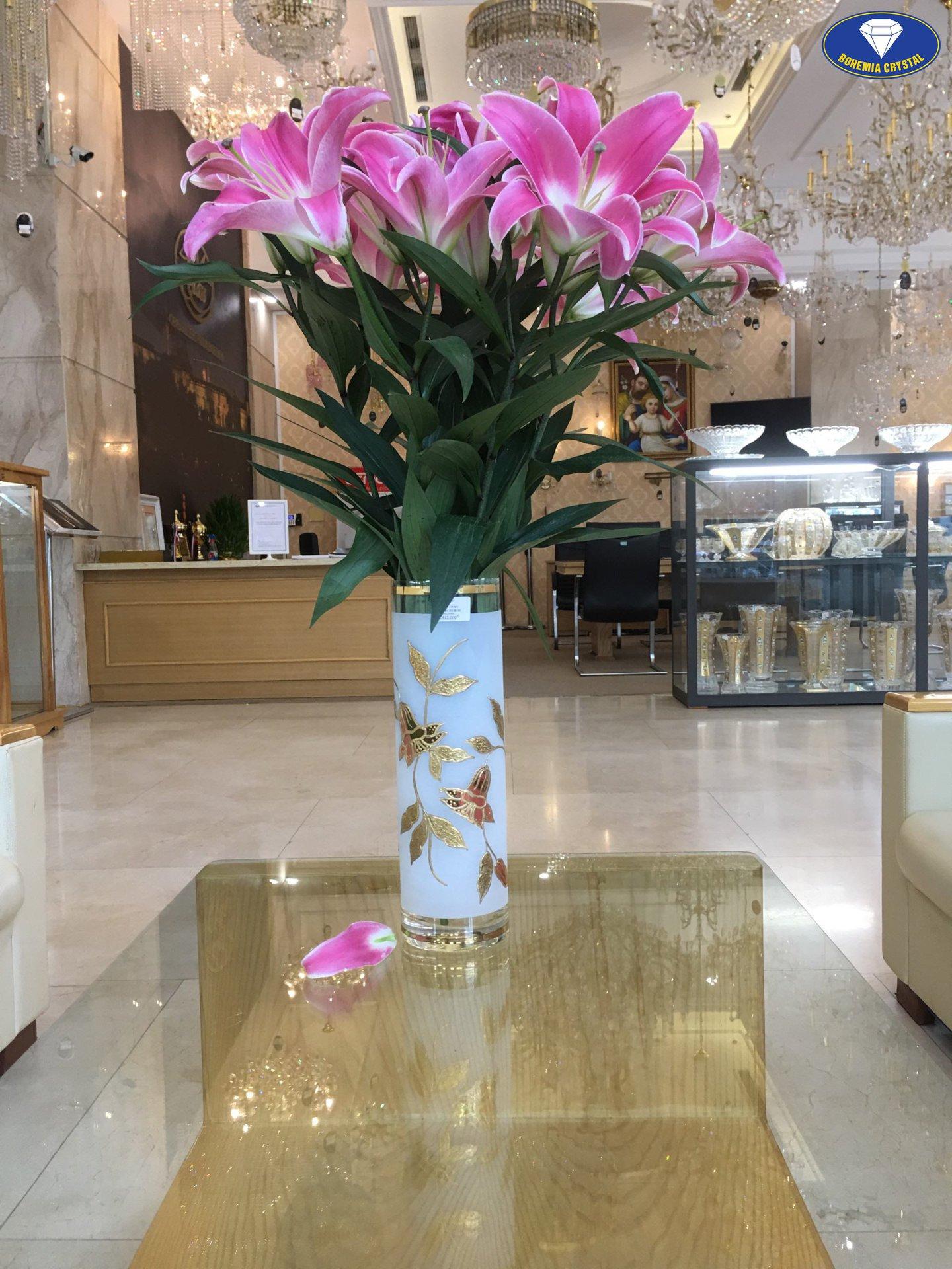 Lọ hoa pha lê nhập khẩu từ Tiệp