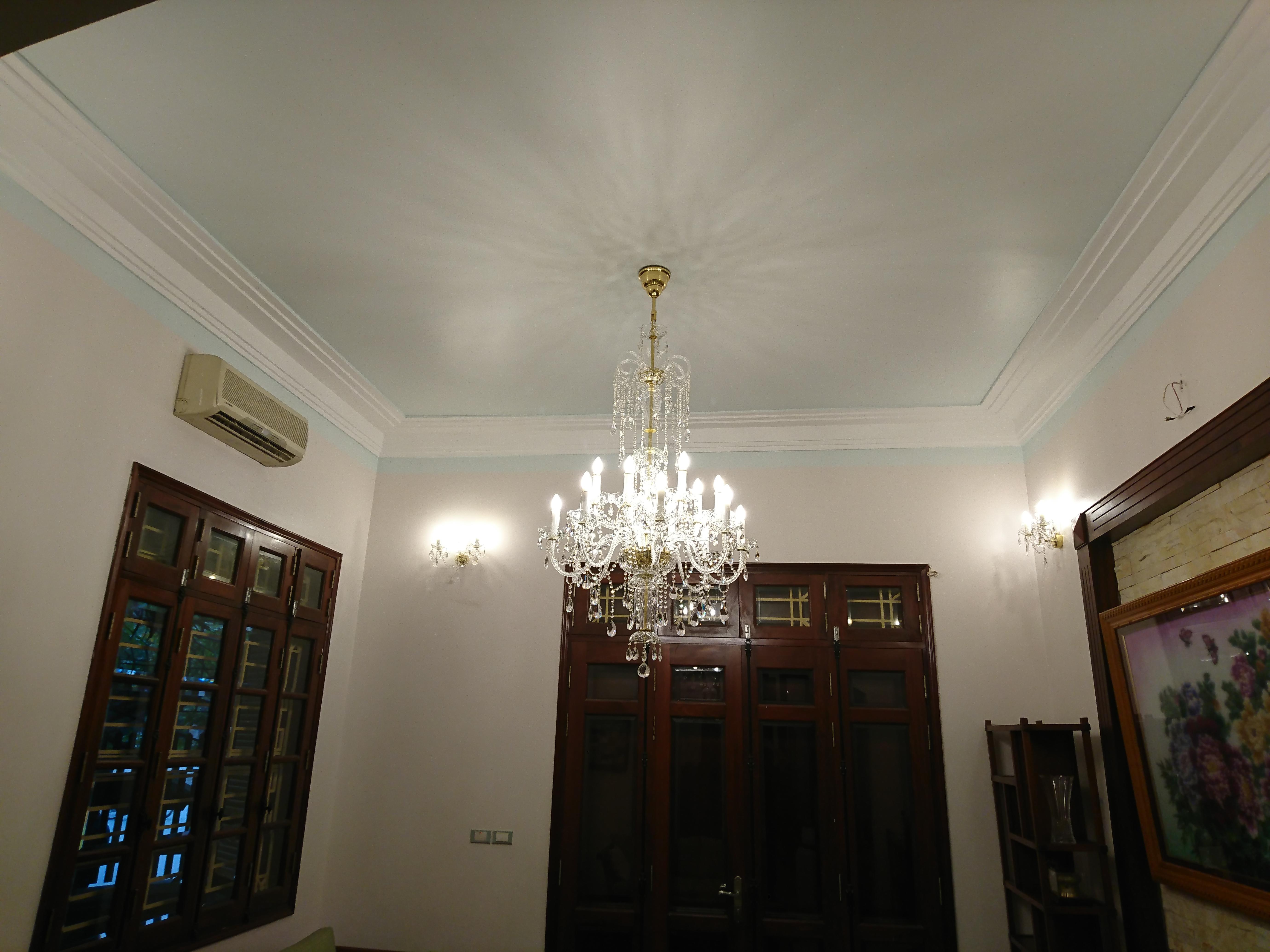 đèn pha lê treo tường trang trí phòng ngủ