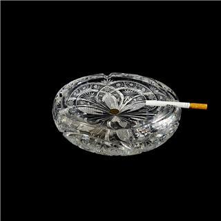 Gạt tàn pha lê đẹp nhập khẩu từ Tiệp Khắc