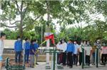 Đoàn Thanh niên huyện phối hợp Chi đoàn thanh niên khối UBND huyện hỗ trợ  tặng thiết bị thể dục thể thao ngoài trời cho cán bộ nhân dân xóm 12 xã Hải Trung