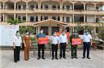 Hội bảo vệ và phát huy di sản thờ mẫu huyện Hải Hậu tặng quà tặng quà hỗ trợ phòng chống dịch Covid - 19
