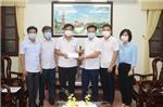 Hội Doanh nghiệp huyện Hải Hậu tiếp tục trao tặng 50 triệu đồng cho Ban chỉ đạo phòng chống dịch Covid - 19 huyện Hải Hậu