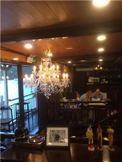 Mẹo lựa chọn đèn trần cho phòng ăn ấm cúng mà sang trọng