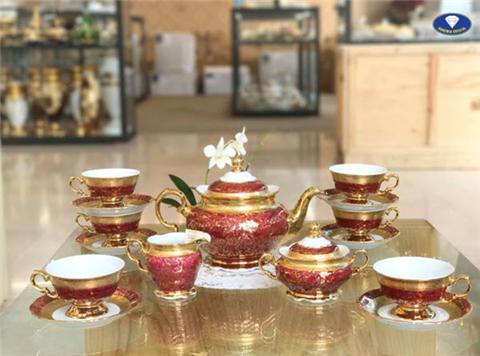 Mẫu bộ ấm trà sứ cao cấp làm quà tặng