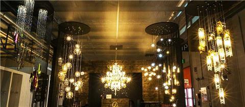 Bật mí ưu điểm nổi bật khi sử dụng đèn chùm pha lê phòng khách