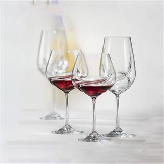 Điểm nổi bật khi uống rượu vang bằng ly pha lê